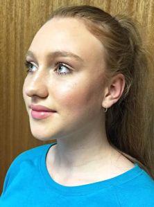 finsihed strobing makeup